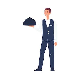 Kreskówka kelner w mundurze trzymając tacę z jedzeniem - młody człowiek serwera stojąc i uśmiechając się podczas serwowania posiłku. ilustracja na białym tle.