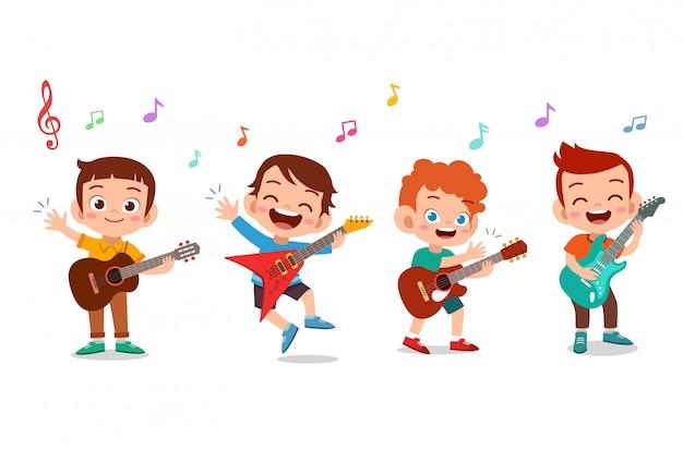 Kreskówka małe dzieci bawiące się muzyką