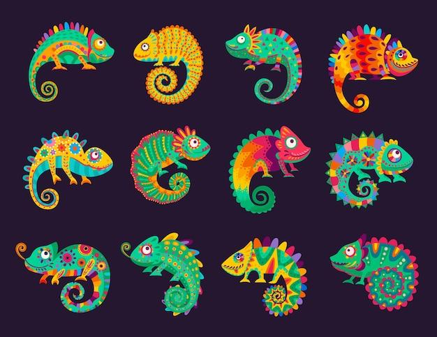 Kreskówka meksykańskie kameleony, jaszczurki wektorowe z ozdobną kolorową skórą, długim zakrzywionym ogonem, językiem i teleskopowymi oczami. dzikie zwierzę, zwierzę domowe, egzotyczny tropikalny gad dla cinco de mayo lub dia de los muertos
