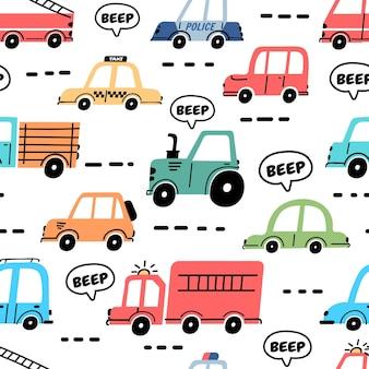 Kreskówka samochody wzór z ciężarówki, policji i wozu strażackiego. transport zabawek dla dzieci na tapecie drogowej do przedszkola. drukuj wektor ruchu samochodowego. różne pojazdy w korku, wydające dźwięk dźwiękowy