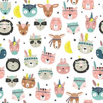 Kreskówka słodkie twarze plemienne zwierząt. boho wzór słodkie zwierzęta.