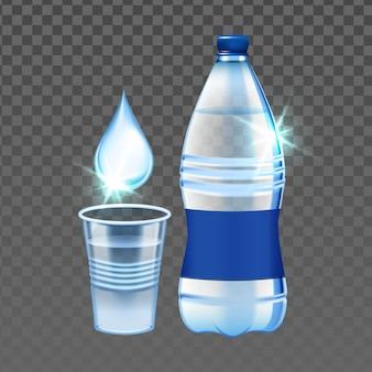 Kropla wody mineralnej, kubek i puste butelki wektor. woda mineralna upuszczająca w plastikowym kubku i opakowaniu. picie świeżej czystości naturalny szablon napoju zdrowotnego realistyczna ilustracja 3d