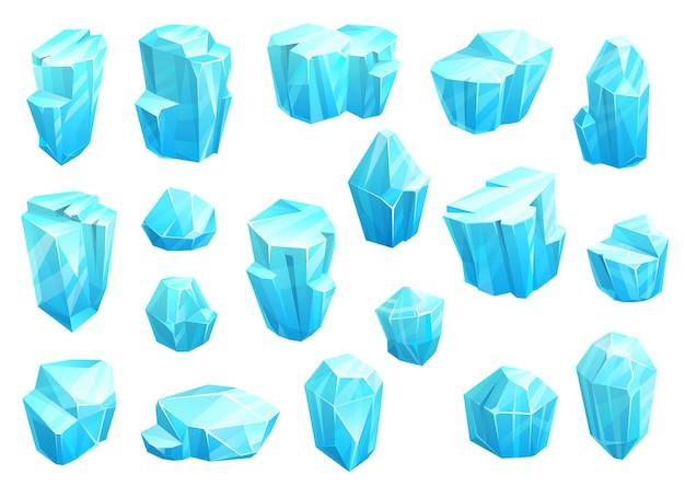 Kryształy lodu, ikony niebieskich magicznych klejnotów. kamienie klejnotowe lub kamienie mineralne na białym tle naturalny turkusowy kamień cyrkon, apatyt, lapis lazuli, opal lub szkło kwarcowe. kreskówka zestaw biżuterii lub kryształów lodu
