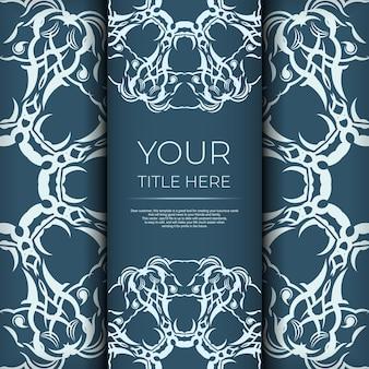 Kwadratowa pocztówka w niebieskim kolorze z luksusowym lekkim ornamentem. projekt karty zaproszenie z rocznika wzorów.