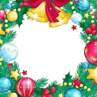 Kwadratowa świąteczna rama z ozdób choinkowych, ostrokrzewu i gałęzi choinki.