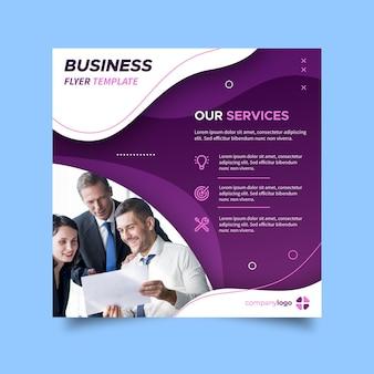 Kwadratowa ulotka dotycząca usług biznesowych
