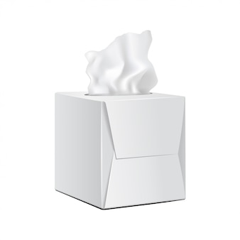 Kwadratowe pudełko z papierowymi serwetkami.