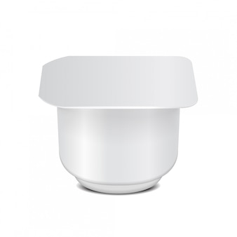 Kwadratowy biały plastikowy pojemnik z plastikowym opakowaniem i folią na produkty mleczne, jogurt, śmietanę, deser, dżem. szablon opakowania