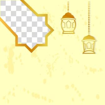 Kwadratowy projekt złotego elementu na baner z życzeniami ramadan kareem z gwiazdą latarni i księżycem