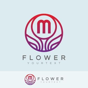 Kwiat początkowy litera m logo projektu