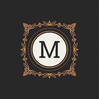 Kwiatowy monogram. klasyczny ornament. klasyczne elementy do zaproszenia na ślub