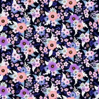 Kwiatowy wzór nadruku na wiosnę, letnią sukienkę dla kobiet