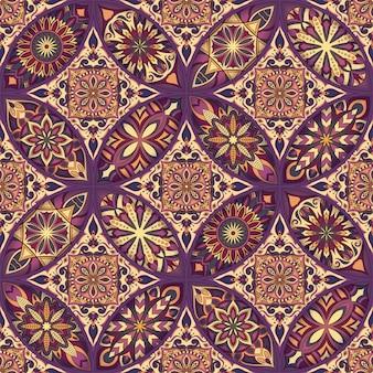 Kwiecisty kwiatowy wzór z rocznika mandali