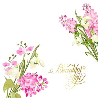 Kwitnące kwiaty na białym tle nad białym tle.