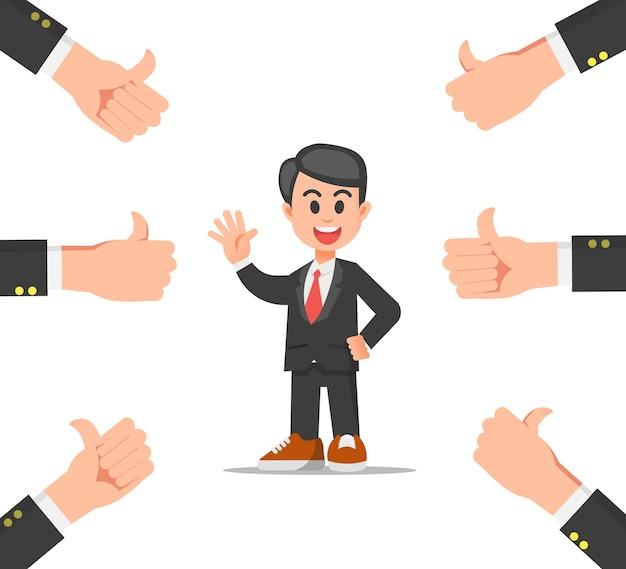 Ładny biznesmen dostaje wiele kciuków w górę