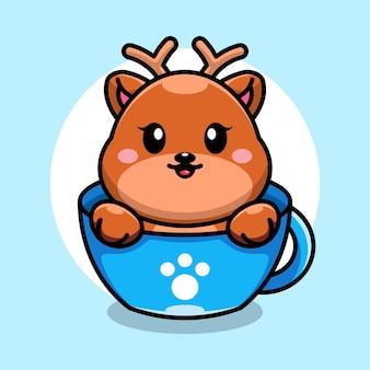 Ładny jeleń na filiżance kawy kreskówka