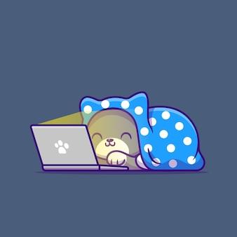 Ładny kot ogląda film na laptopie z kocem. technologia zwierząt