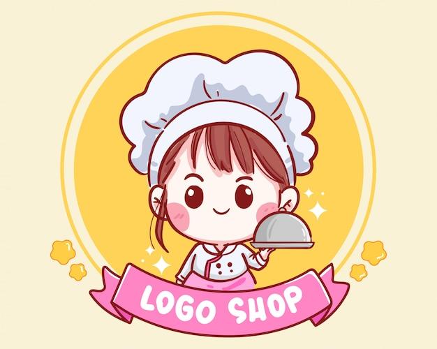 Ładny kucharz trzyma tacę do sklepu z logo