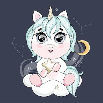 Ładny mały jednorożec z niebieskimi włosami, trzymając gwiazdę i siedząc na chmurze na nocnym niebie.