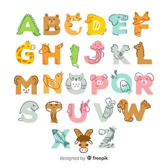 Ładny ręcznie rysowane alfabet zwierząt projekt
