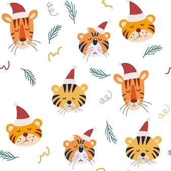 Ładny wzór tygrys boże narodzenie. kagańce tygrysów w świątecznych czapkach. idealny do odzieży dziecięcej, tkanin, tekstyliów, dekoracji przedszkola, papieru do pakowania. ilustracja wektorowa.