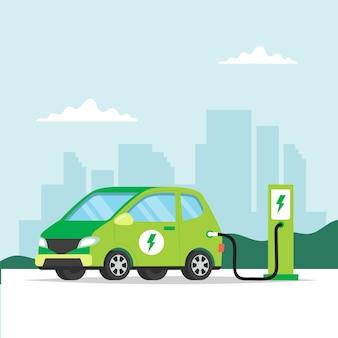Ładowanie samochodu elektrycznego w mieście.