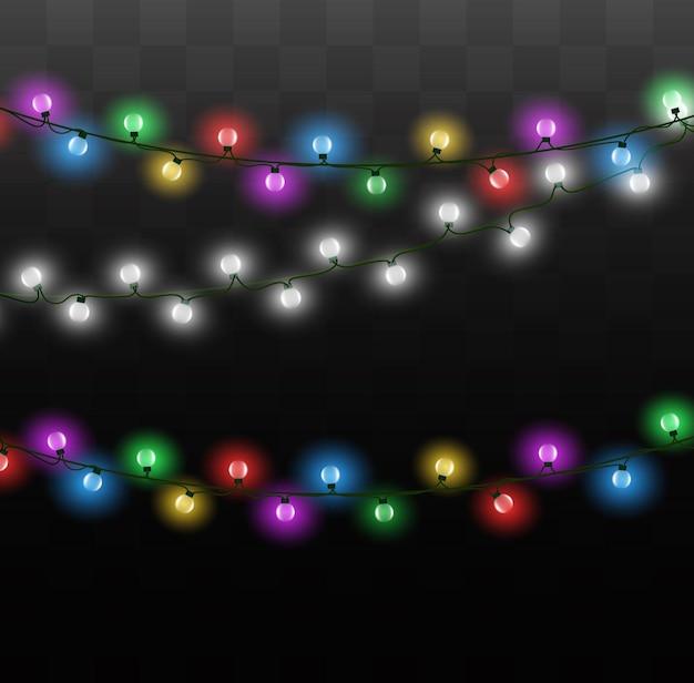 Lampki choinkowe na przezroczystym tle. świąteczna girlanda świecąca. ilustracja