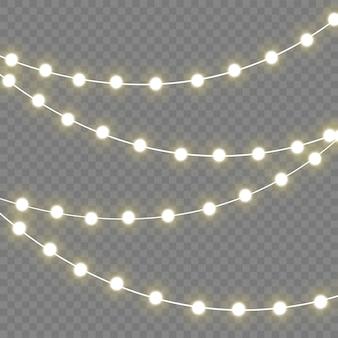 Lampki świąteczne na białym tle realistyczne elementy. świecące lampki do lampy neonowej xmas holiday.led