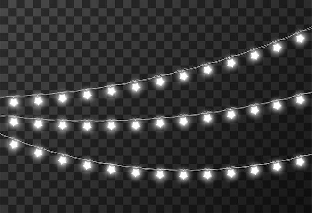 Lampki świąteczne na białym tle