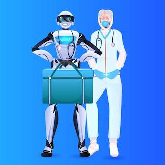 Lekarz robot z naukowcem w kombinezonie ochronnym stojącym razem z koncepcją sztucznej inteligencji