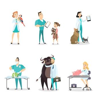 Lekarze weterynarii ze zwierzętami na białym tle.