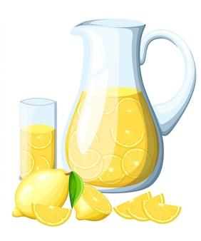 Lemoniada w szklanym dzbanku. cytryna z liśćmi w całości i plasterkami cytryny. plakat dekoracyjny, emblemat produkt naturalny, targ rolniczy. na białym tle.