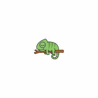 Leniwy kameleon śpi na gałęzi kreskówka