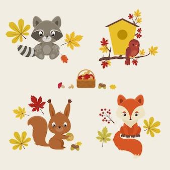 Leśne zwierzęta jesienią jenot wiewiórka i lis z jesiennymi liśćmi, grzybami i jagodami