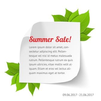 Letni baner sprzedaży. biała kartka papieru z zawijanymi rogami i liśćmi. realistyczna ilustracja