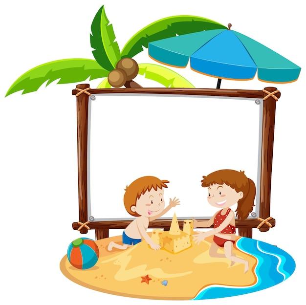 Letni motyw plaży z pustym banerem na białym tle