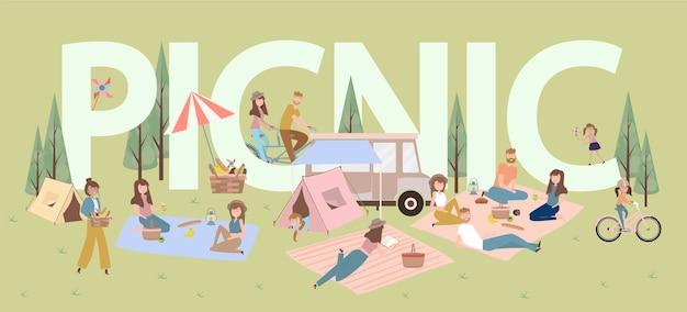 Letni piknik z aktywnymi rodzinnymi wakacjami z dziećmi, parami, rodzinami, wypoczynkiem na łonie natury, jazdą na rowerze.