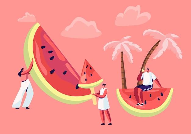 Letni wypoczynek, impreza na plaży. drobne postacie męskie i żeńskie z ogromnym arbuzem.