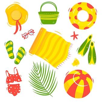 Letni zestaw plażowy: czapka, torba, kółko, okulary, klapki, ręcznik, płetwy, strój kąpielowy, piłka, muszla, rozgwiazda, liść palmowy. ilustracja w stylu kreskówki, odizolowane