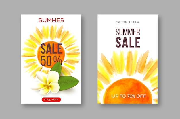 Letnie banery wyprzedażowe z ręcznie rysowanym akwarelowym słońcem i szablonem tropikalnego kwiatu plumeria na sezonowe...
