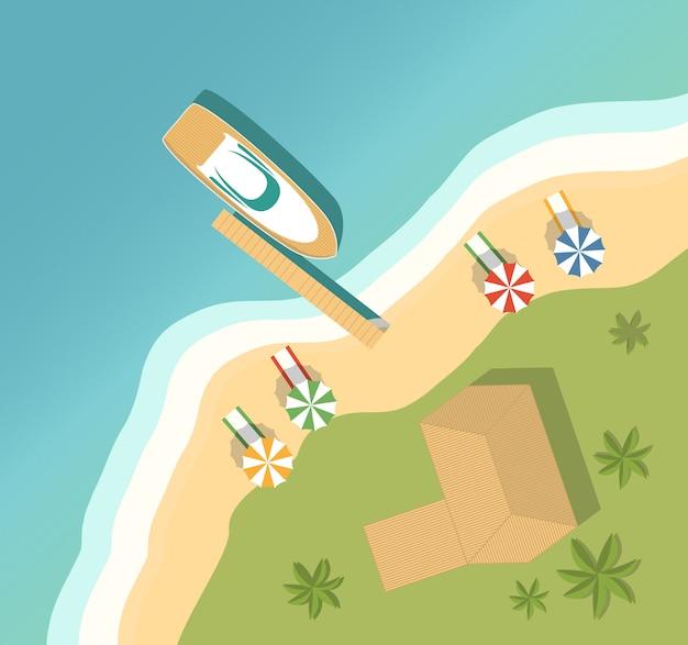Letnie wakacje na tropikalnej wyspie. piaszczysta plaża bungalow i palmy i leżaki na plaży oraz ręczniki i parasole. widok z góry motor luksusowy jacht.
