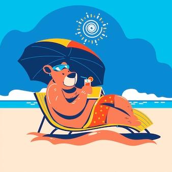 Letnie zwierzę niedźwiedź staycation na plaży