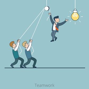 Linear flat dwóch biznesmenów trzymających jednego, który zmienia lampę żarówki. biznes firmy korporacyjnej koncepcja pracy zespołowej.