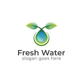 Liść Natury Z Czystymi Logo Kropli Wody, Liść Rośnie Dzięki Olejkowi Kosmetycznemu Premium Wektorów