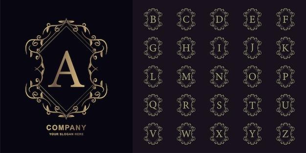 Litera a lub początkowy alfabet kolekcji z luksusowym ornamentem kwiatowy rama złoty szablon logo.