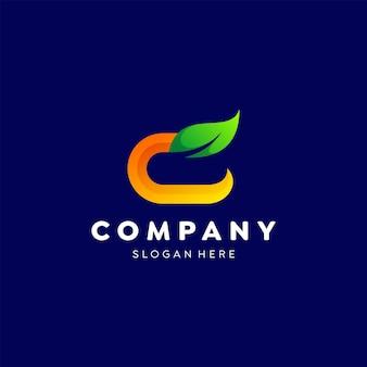 Litera c liść logo kolorowy szablon gradientu
