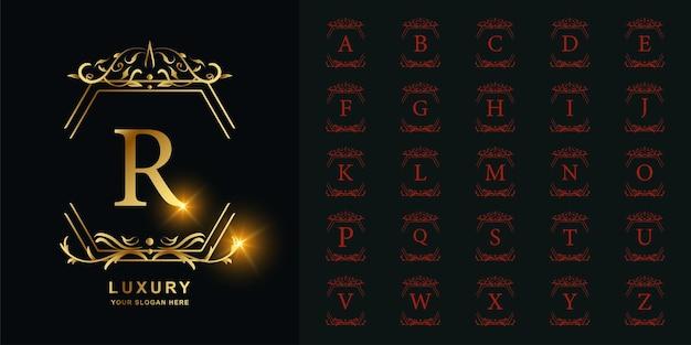 Litera r lub kolekcja początkowy alfabet z luksusowym ornamentem kwiatowy rama złoty szablon logo.