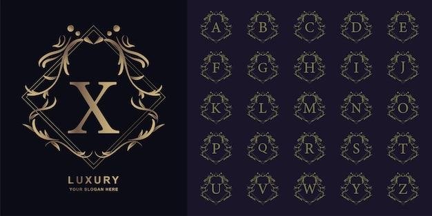 Litera x lub początkowy alfabet kolekcji z luksusowym ornamentem kwiatowy rama złoty szablon logo.
