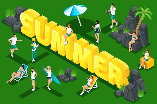 Litery lato, młodzi ludzie, nastolatki w przyrodzie, ferie wiosenne, opalanie, dziewczyny i mężczyźni w szalikach. koncepcja jasnego lata