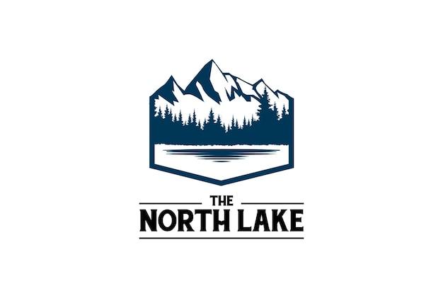 Lód śnieżna góra z sosna cedr świerk drzewo iglaste evergreen jodła modrzew cypress cypress drzewa las i jezioro rzeka creek dla camp adventure logo design vector
